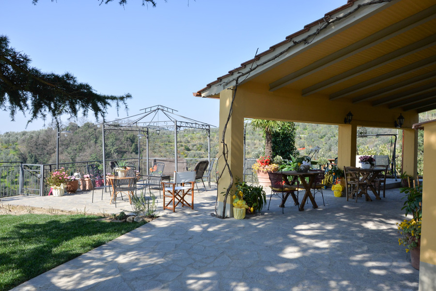 Veduta Veranda - Agriturismo Campo Fiorito - Via Dei Rocchi 190, 51015 - Monsummano Terme (PT) - Toscana - Italia